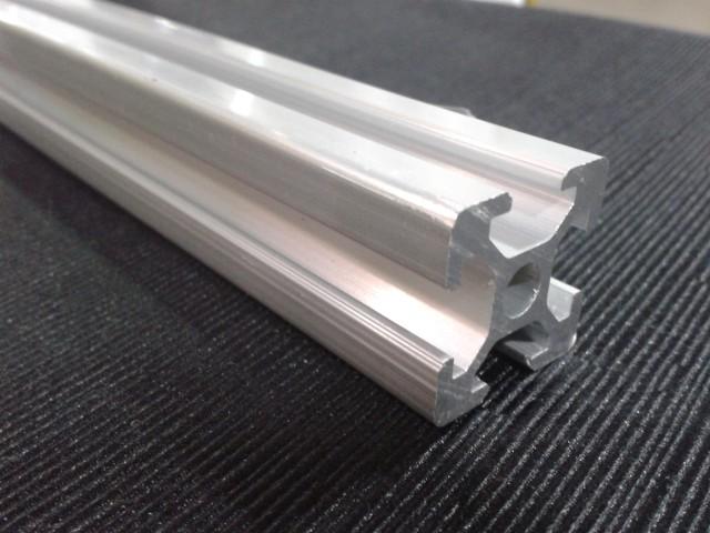 Perfil em alum nio t v slot 1 metro bosch - Perfil aluminio u ...