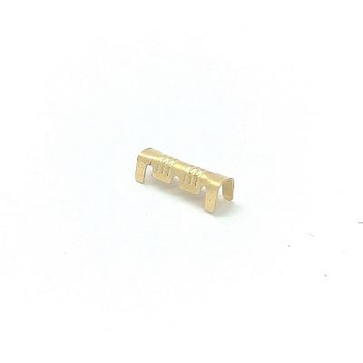 Conector de cabos em forma de U